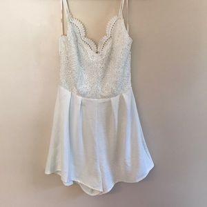 Summer sale 🌞 White lace romper